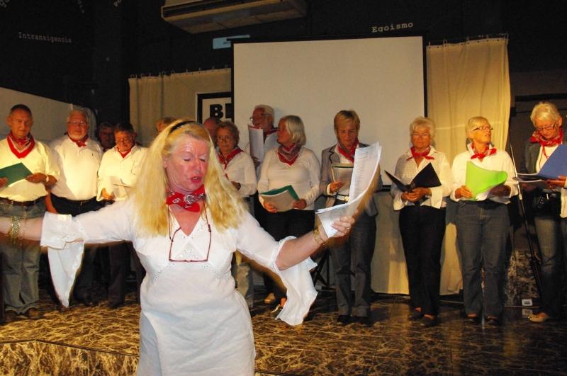 6. Der Chor Oleander mit Carla Drogtrop