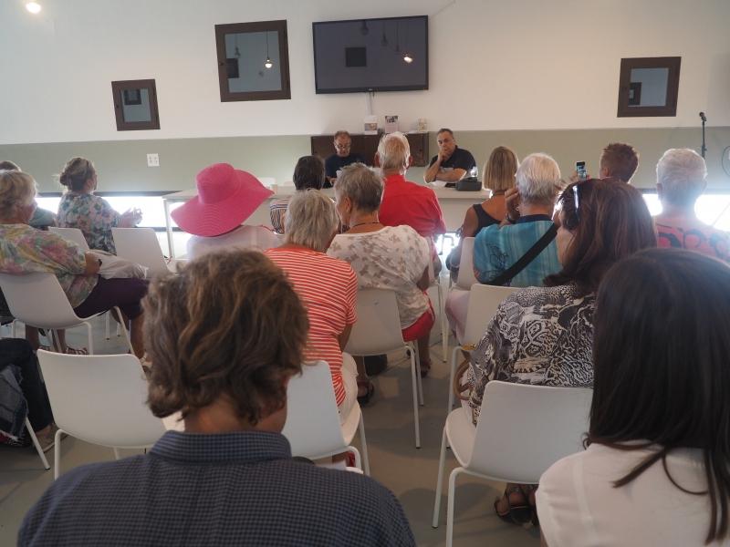 Carlos und Publikum