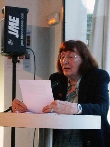 12_ Elfriede Lehnhardt mit gereimten Geschichten