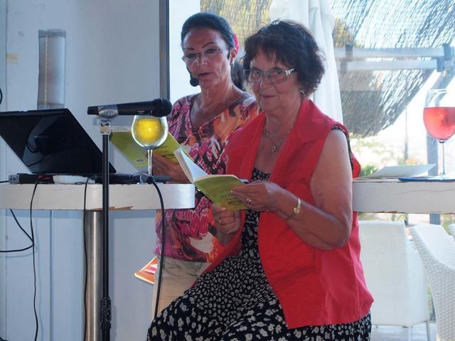04_ Lesung mit Rita_Maria Hadler re_ und Natascha L_ Michnow