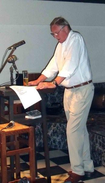 Helmut Tischer beim hochinteressanten Vortrag_JPG