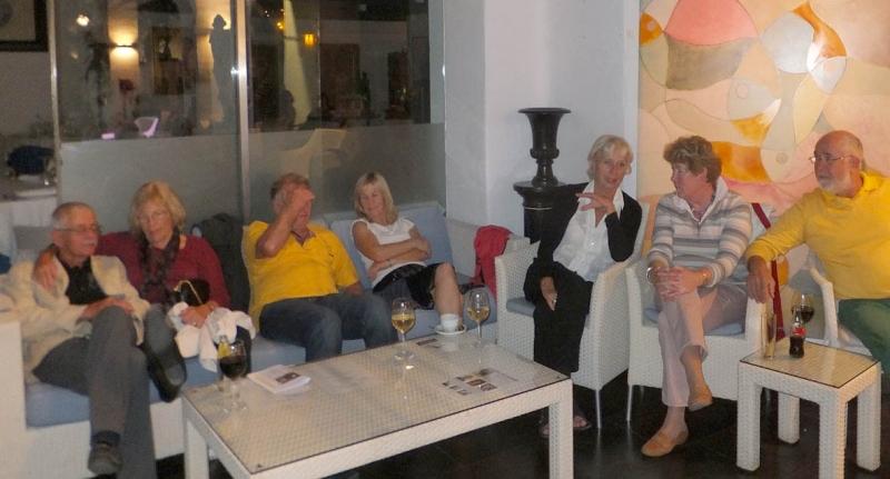 05. Unsere Literatur- und Kulturfreunde im Cafe del Mar.