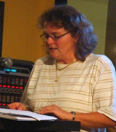 6. Margitta Peter liest Vicky Baum
