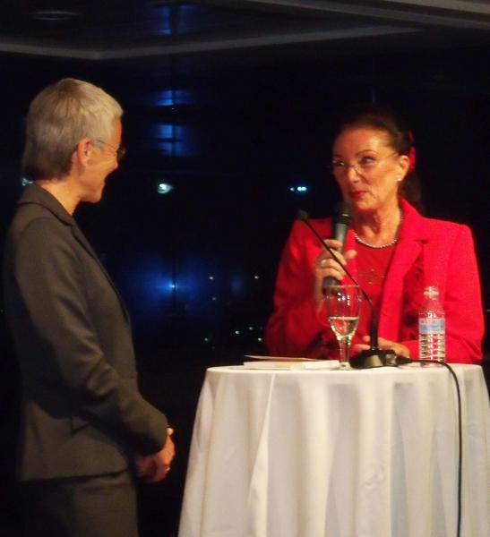 08. Dr. Gabriele Krone-Schmalz und Natascha.