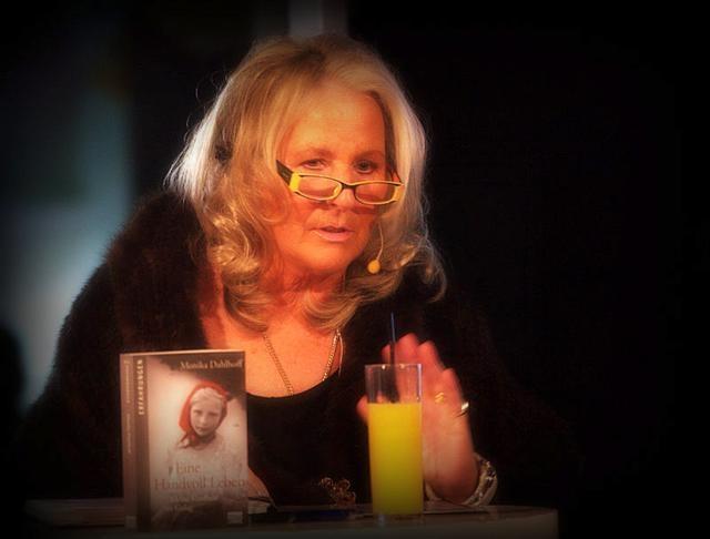 07_ Es war ein ergreifender Abend mit Autorin Monika Dahlhoff