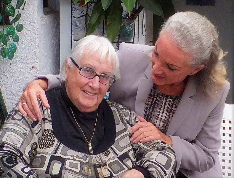 04. Edith Kühn und Natascha