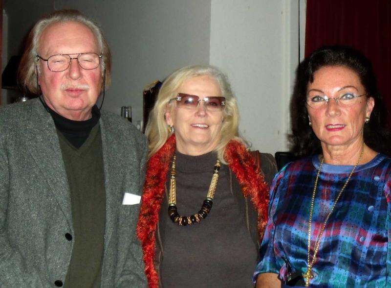 5. Der  Kuenstler Hans-Dieter Zingraff, Gattin Mona u. Natascha
