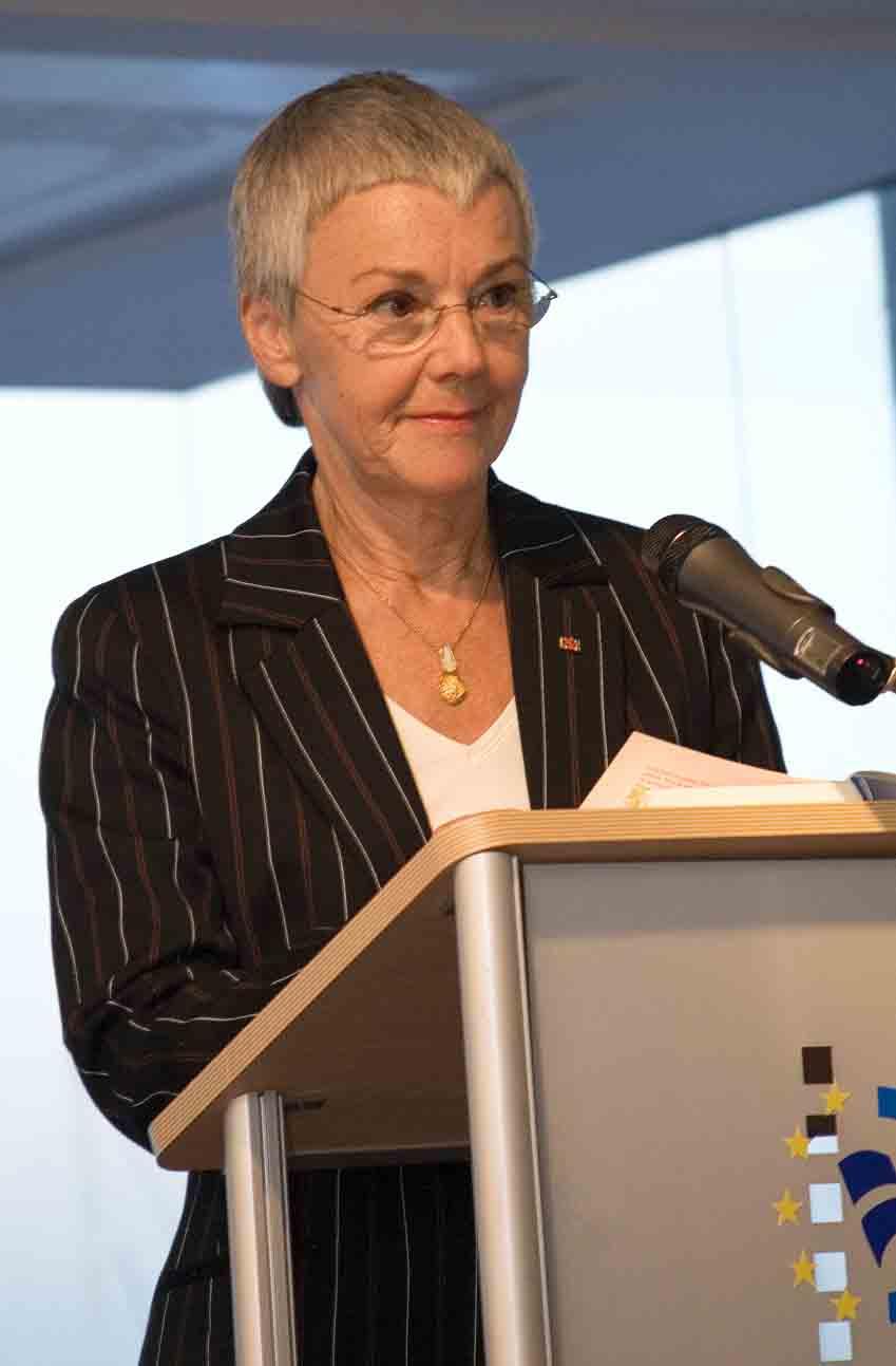 Krone Schmalz Prof Dr Gabriele Literatur Und Kulturfreunde
