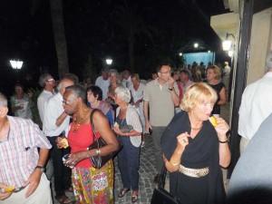 Beliebte Weinparty und Tapas nach dem Konzert